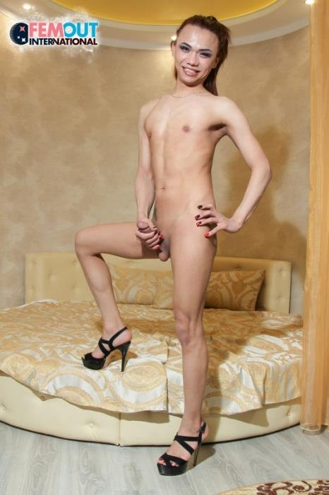 Dema - Dema Strokes And Cums! (Transsexual) Femout.xxx [FullHD]